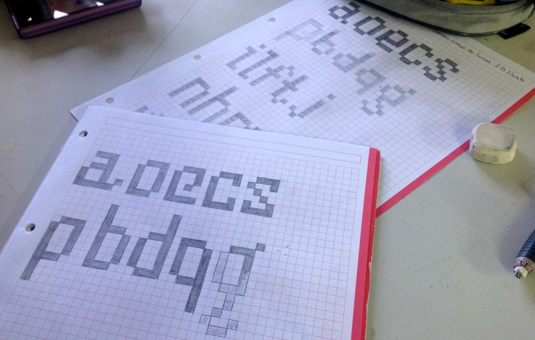 bocetos-pixelfont1